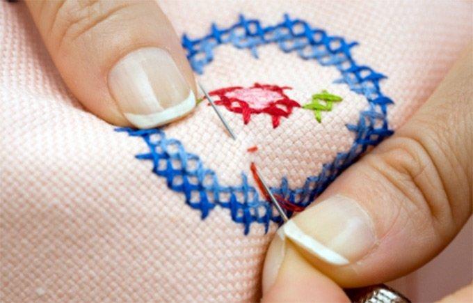 1353999314_cross-stitch-1.jpg